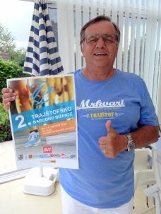 MR Dr. Milan Kornfeind 'verschreibt' die Teilnahme am Volkslauf!